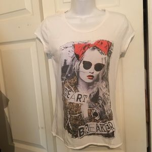 Guess Graphic Tee